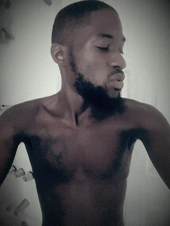 Hood Boy Escort Kyng Byron =Q  Boys4Rent Ad Byron Da Bully In Bed